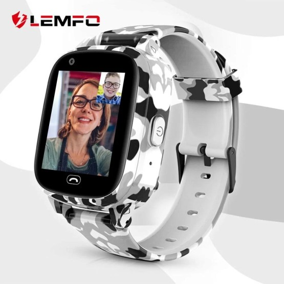 smartwatch video calling mum and son