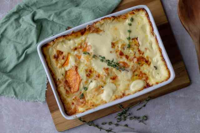 Sweet Potato Gratin with thyme and green linen