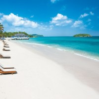 A Romantic Beach Holiday