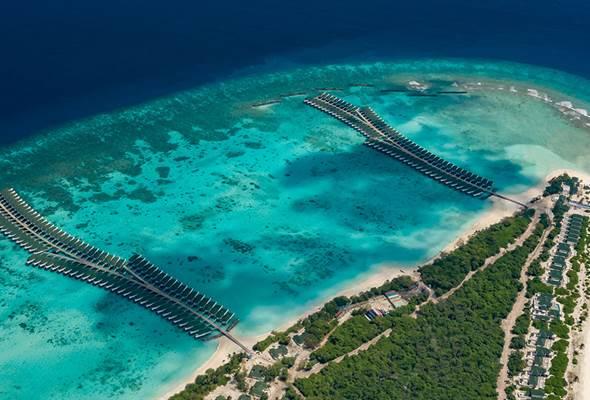 Over Water Villas at the Siyam World Resort Maldives