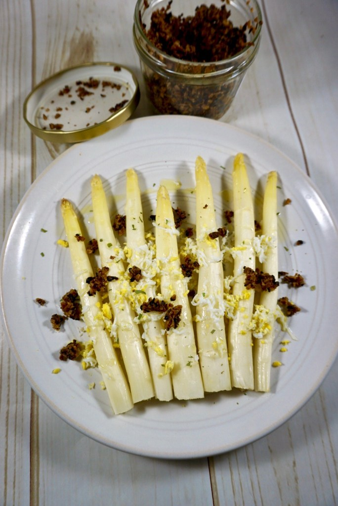roasted white asparagus • a wholesome new world