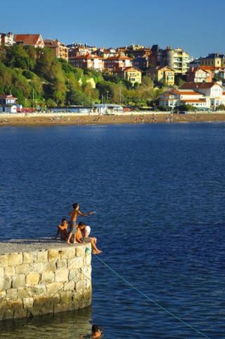 Basque Country sunny beach_Gexto