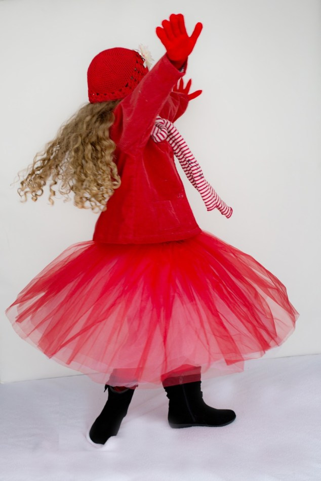 defeat self-doubt, dancing girl