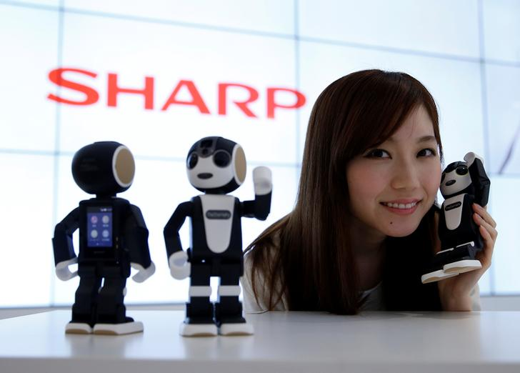 Sharp's new lineup of small humanoid robots to go on sale