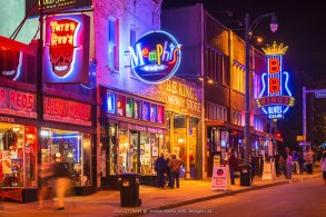 USA, Tennessee, Memphis, Neon signs on Beale Street