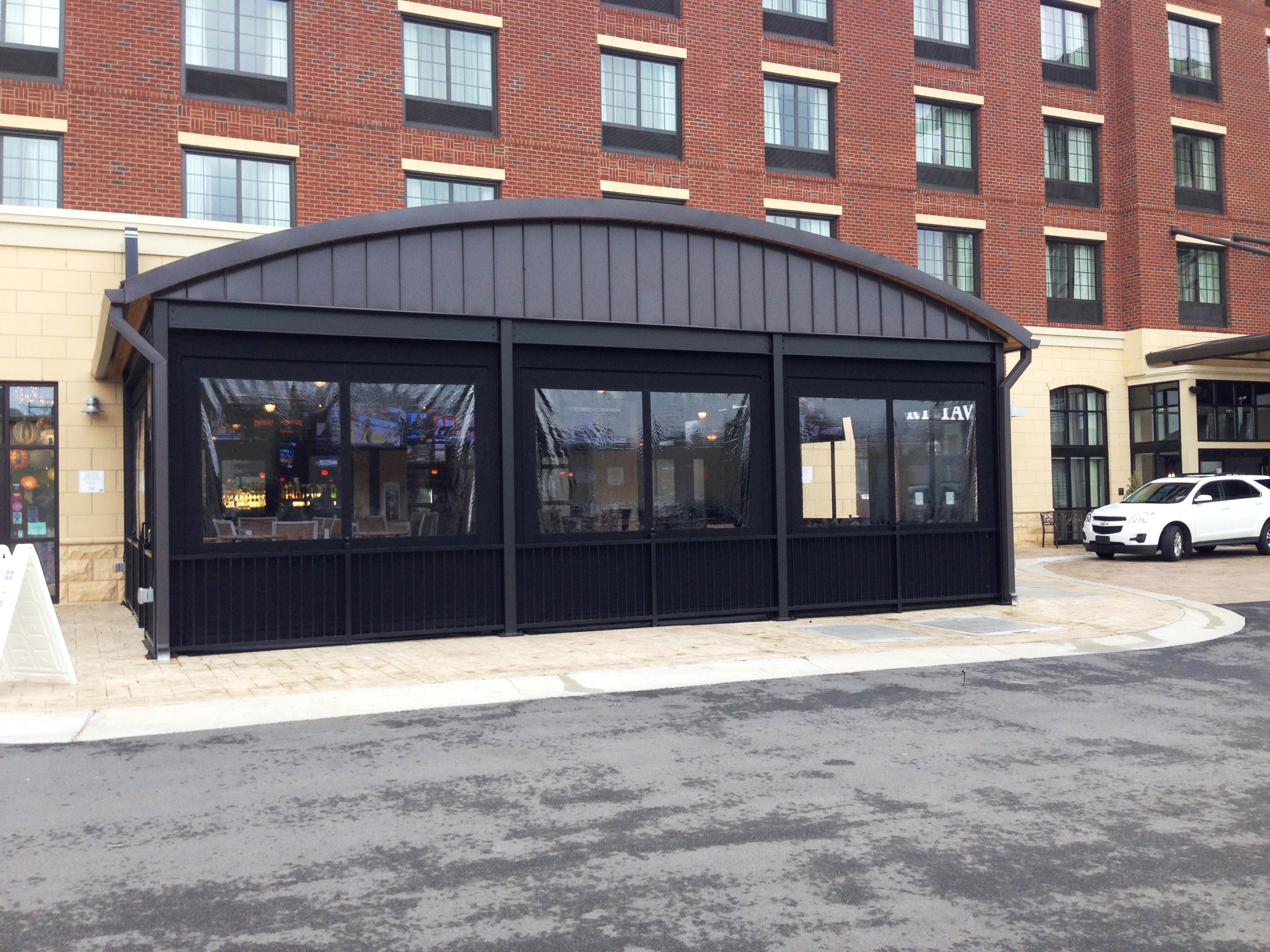 OUTDOOR DINING FOR ANY SEASON WITH PATIO ENCLOSURES ... on Outdoor Patio Enclosures  id=17311