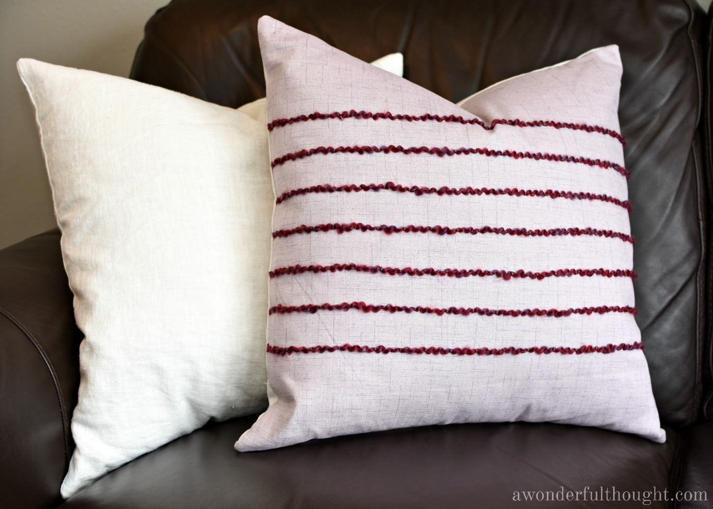 How to Easily Add Texture to a DIY Pillow | awonderfulthought.com