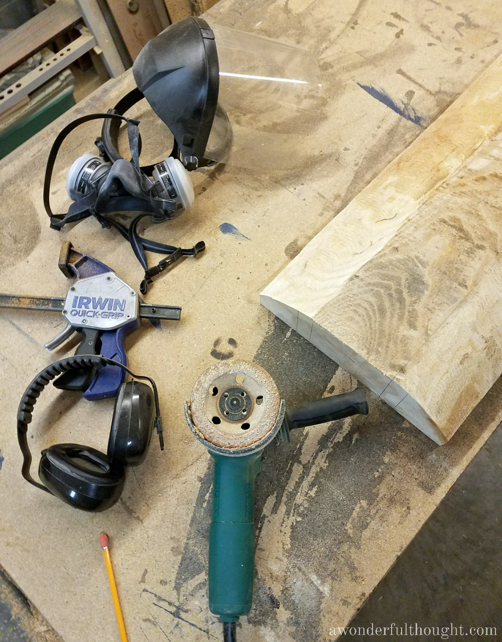 Make your own DIY Dough Bowl using power tools | awonderfulthought.com