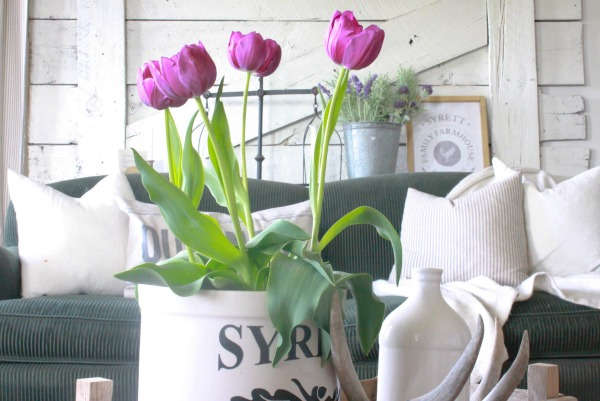 Ways to Incorporate Spring into your Decorating | awonderfulthought.com