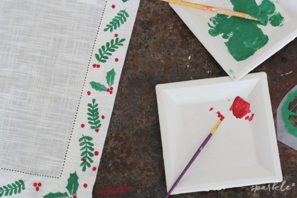 15 Holly Jolly Christmas DIY Projects #diy #christmasdiy #christmascrafts #awonderfulthought.com