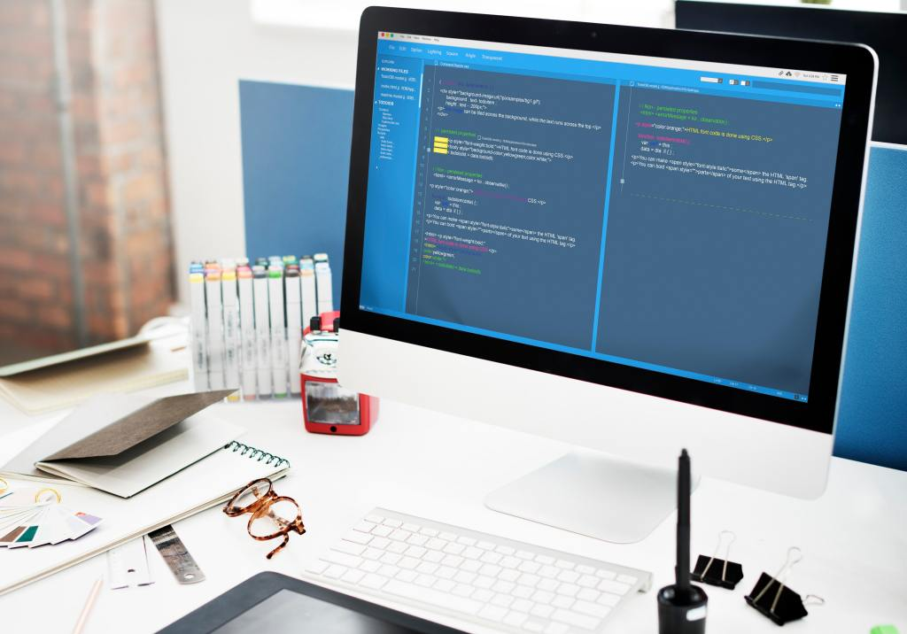 Benefits of Open Source Software for Developers and Users