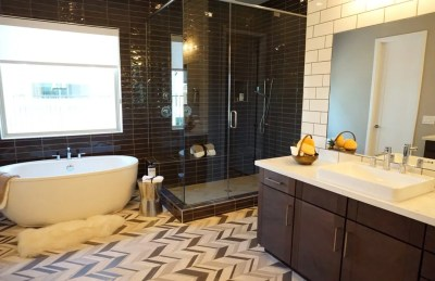 awd listing photography bathroom1
