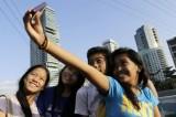 Selfies tourists