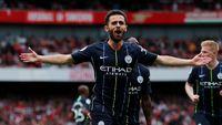 Bernardo Silva menggandakan keunggulan Man City 2-0 atas Arsenal.