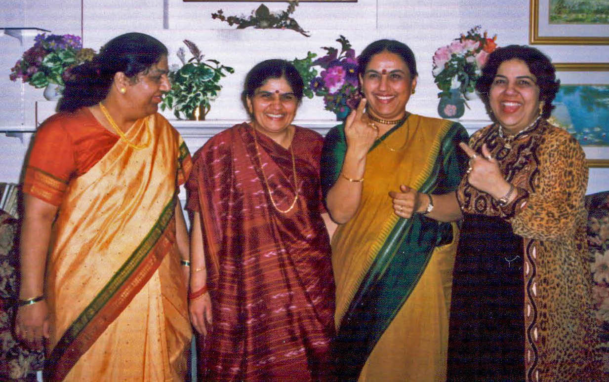 rekha-and-sisters_edited2