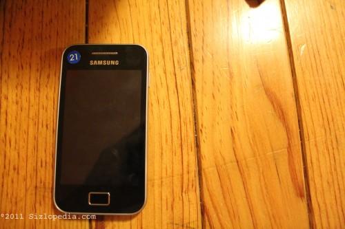 Samsung_Galaxy_Ace3_5