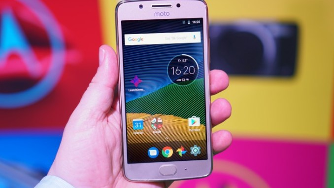 Hands On Reviews of Moto G5S