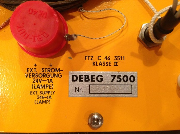 Label on the Debeg 7500