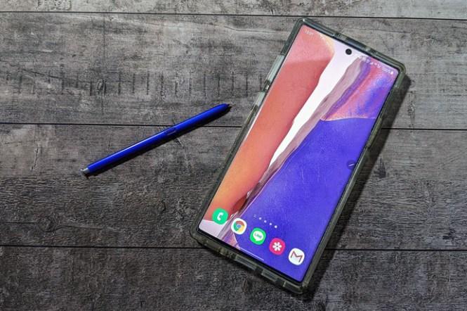 Galaxy Note20 系列手機還沒來,官方桌布先安裝來嚐嚐鮮!五款不同顏色,你喜歡哪一個?