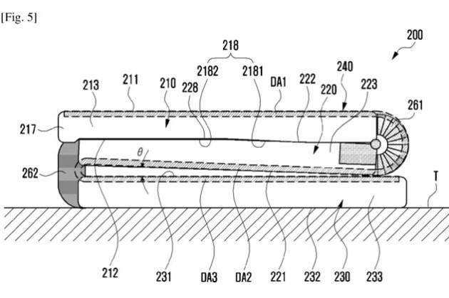 三星又有新摺疊專利:Galaxy Z 系列真要實現非對稱式的「Z」字摺疊設計了?