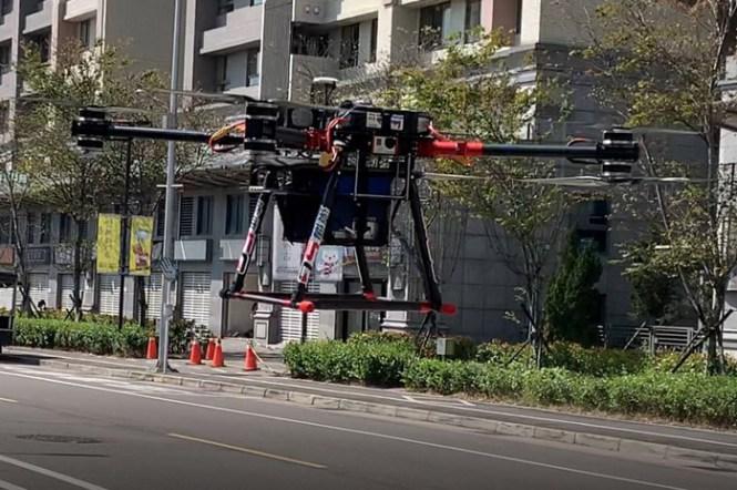 還有這一招!遠傳高空無人機優化 5G 網路!基地台建置一步到位,全面加速開台!