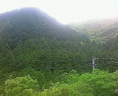 あれに見えるは焼坂峠。