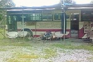 富良野市山部のバス(旅人情報交換所)
