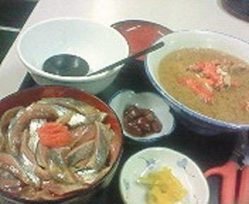 鈴木食堂の生サンマ丼セット