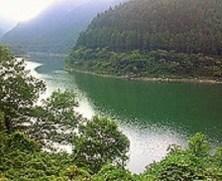 2009/09/07 08:31 眼下は二川ダム湖。
