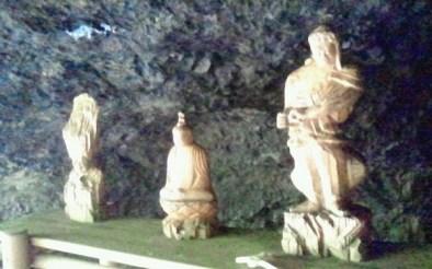 2011/ 6/28 10:00 右に仏像