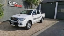 Autos Oscar Toyota Hilux 2015 (1)