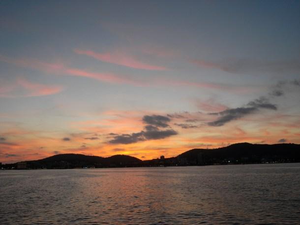 マヨルカ島で恩師とクルージングしたときの夕焼け