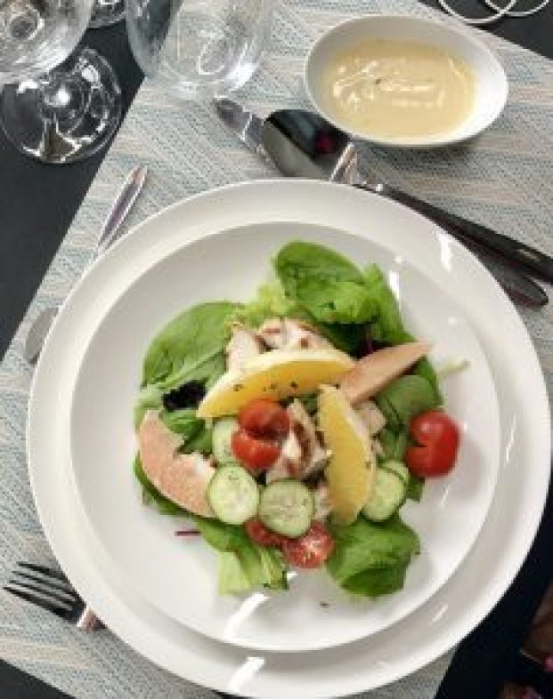 Salade aux agrumes... table d'hôte Chuuut