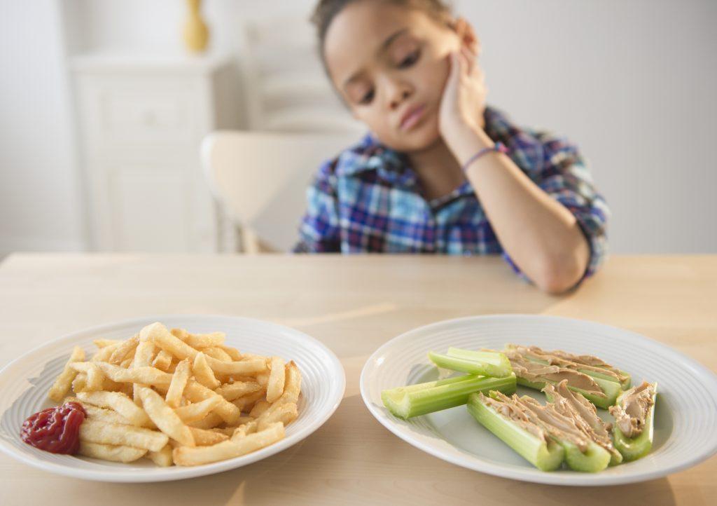 Quelques astuces pour faire manger son enfant
