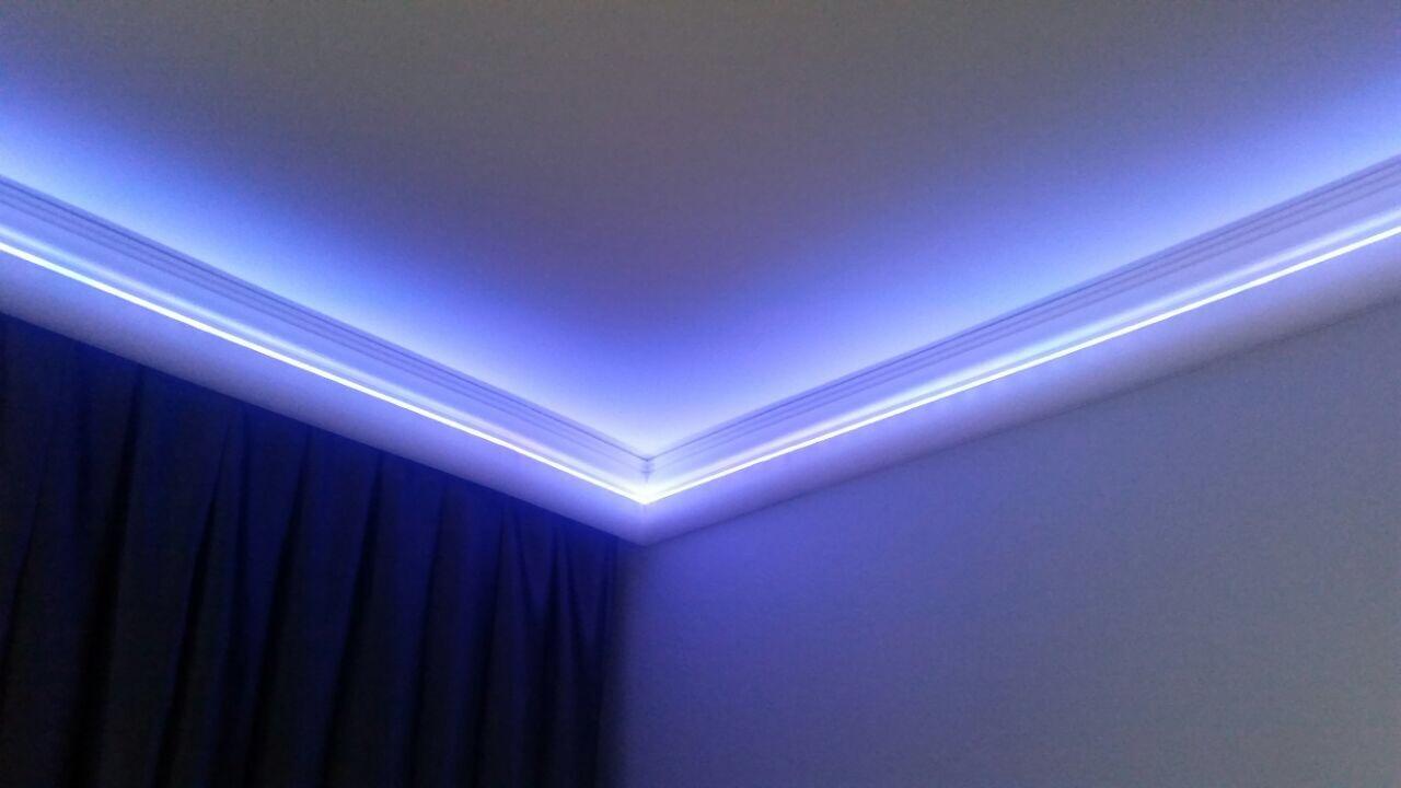 22m+6 Innen+2 Außenecken LED Leiste Indirekte Beleuchtung Styroporleiste  BL 04