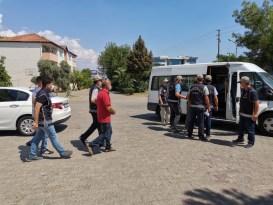 Nazilli'de aranan şahıslar operasyonu: 9 gözaltı