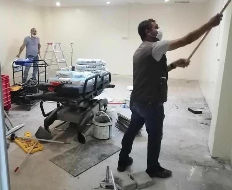 Söke Devlet Hastanesi'nde Kovid-19 alanı oluşturuluyor