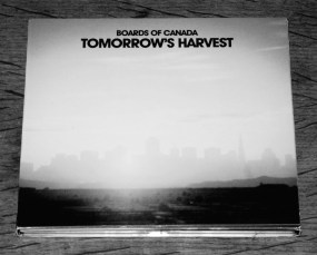 boards-of-canada-tomorrows-harvest-warp-artcard-edition-a-year-in-the-country-1