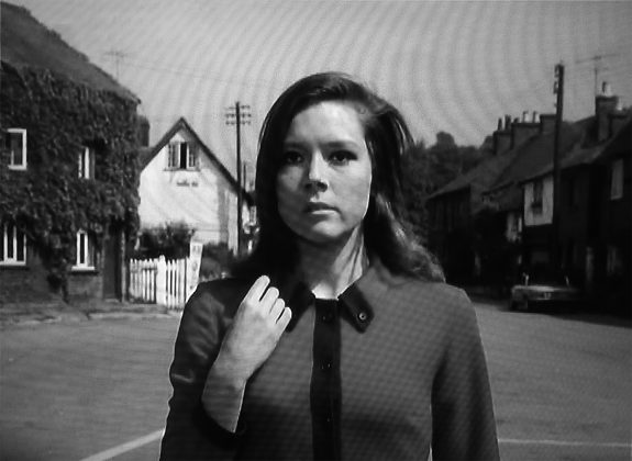 The Avengers-Series 5-1967-Murdersville-Mrs Peel-village green