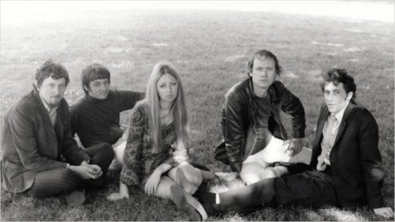 Pentangle-band-group photograph