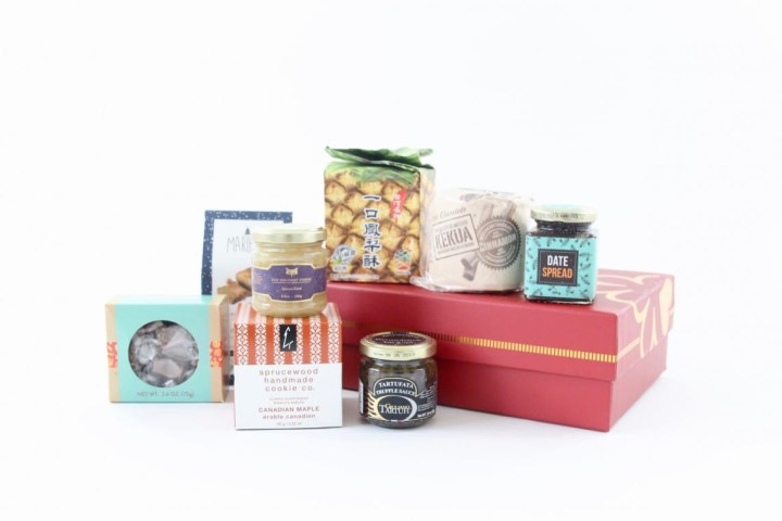 try-the-world-holiday-box-review-november-2016-5