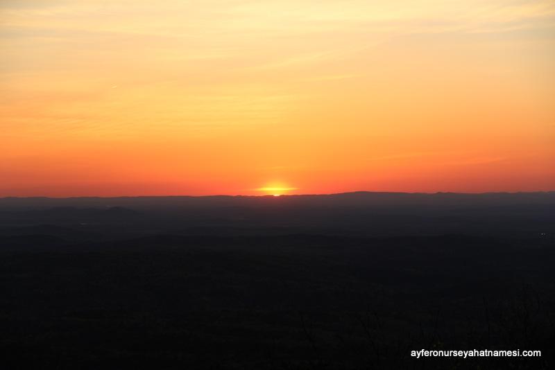 Talladega Milli Ormanına doğru gün batımı...