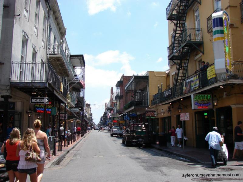 Bourbon Sokağı - New Orleans