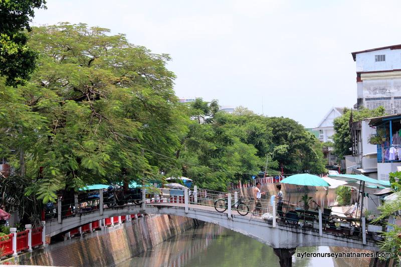 Bangkok sokaklarından...