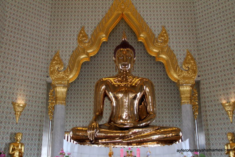 Wat Traimit: (Altın Buda)