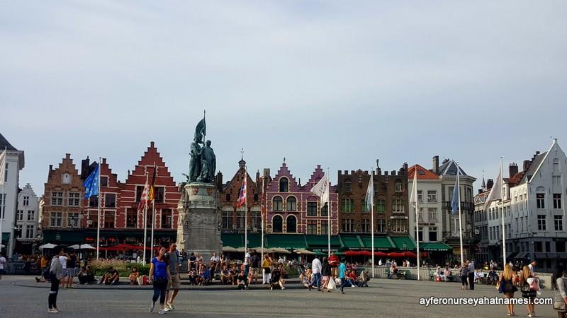 Market Meydanı - Brugge