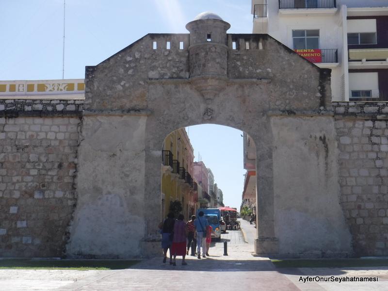 Campeche sur kapıları