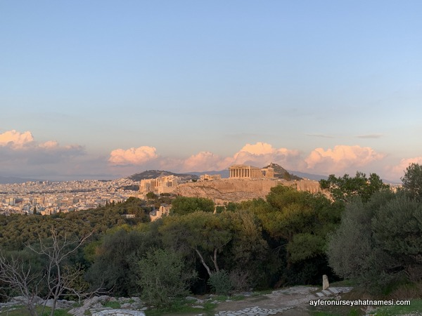 Yunanistan'ın kalbi Akropolis