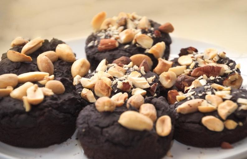 Brownies van zwarte bonen met noten