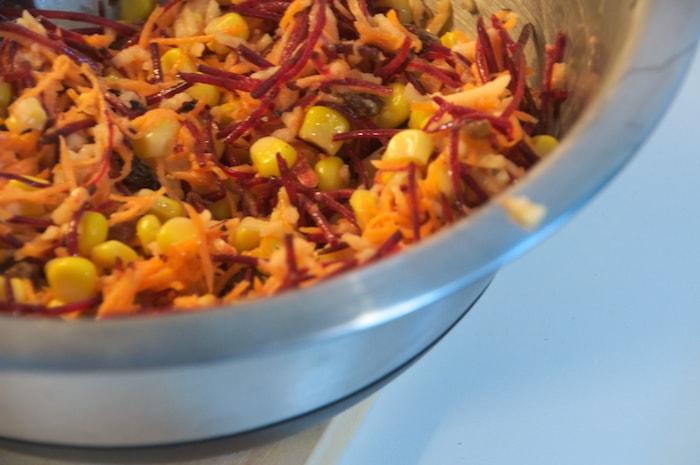 Kip-kikkererwtenburgers - BBQ salade
